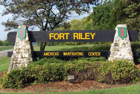 single men over 50 in fort riley The 1st infantry division post fort riley, kan home of the big red one 1divpostcom friday, december 19, 2014 vol 6, no 51 1divpostcom safety holiday.