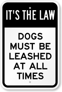 dogs-must-be-leashed-sign-k-0102